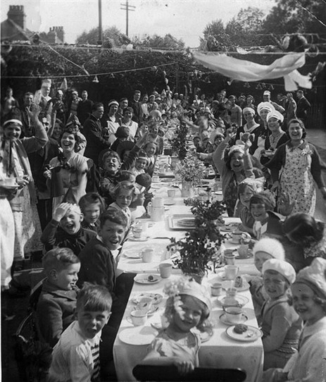 Photo:Coronation Street Party in Whitby Road cul-de-sac c.1937