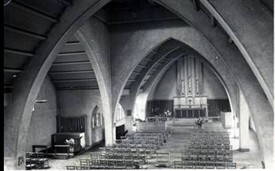 Photo:Inside of Bishop Andrewes Church c.1955